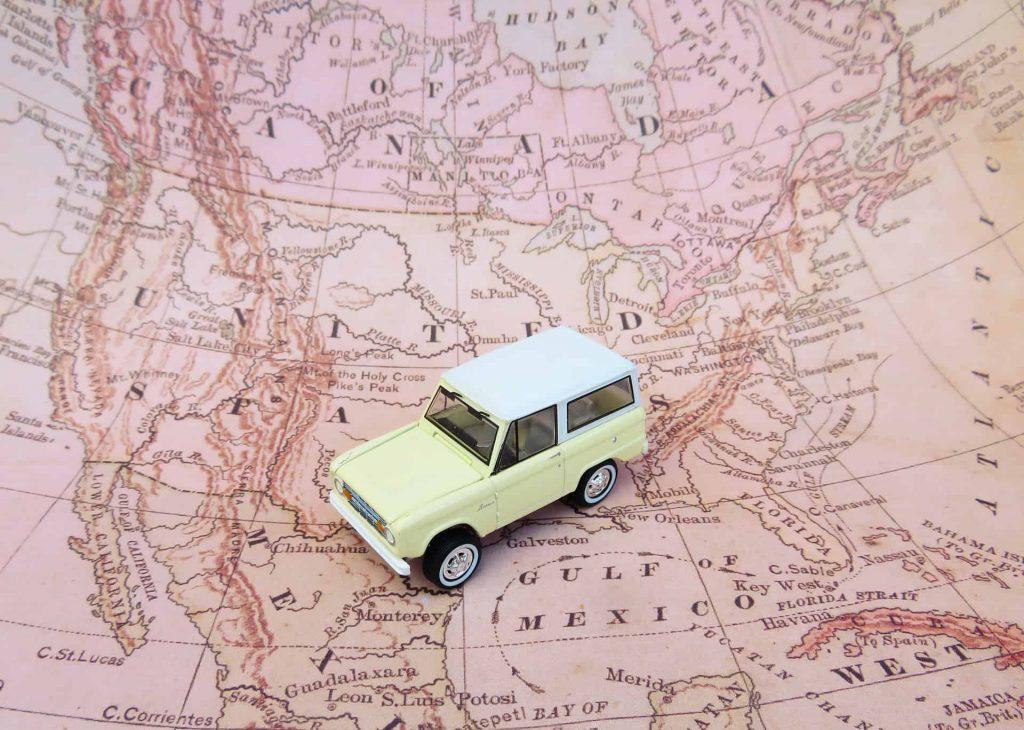 Free Printable Road Trip Games For Kids. DIY Travel activity binder travel or home. Keep kids happy. #travelwithkids #roadtrip #kidsactivities